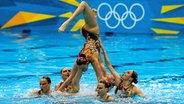 Die russische Mannschaft im Synchronschwimmen © dpa - Bildfunk Fotograf: Barbara Walton