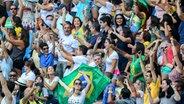 Brasilianische Fans bei den Leichtathletik-Wettkämpfen der Paralympischen Spiele in Rio de Janeiro © dpa Fotograf: Kay Nietfeld