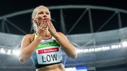 Die deutsche Sprinterin Vanessa Low jubelt. © imago/Beautiful Sports