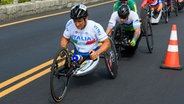 Der italienische Radfahrer Alessandro Zanardi (l.) © OIS/IOC Foto: Thomas Lovelock for OIS/IOC
